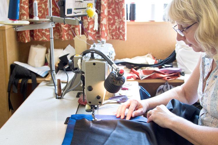 curtain studio seamstress